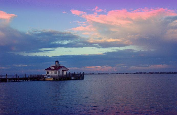 Roanoke-Marshes-Light-from-Afar-Pretty-Sky-(Manteo)_WEB