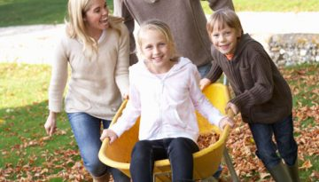 10 must do fall family activites