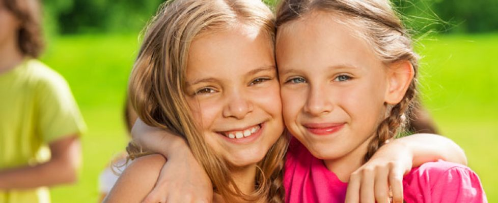5 ways to raise kids to be kind