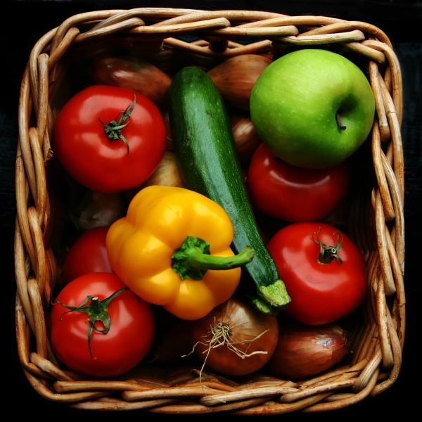 1fruit and veggies_resized