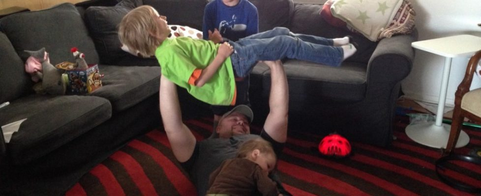 Couch Games Bench Press